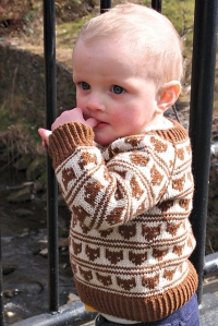 This is Joeli's Foxy Loxy jumper - we first published it in Knit Now last year and she's been promising me an adult version.